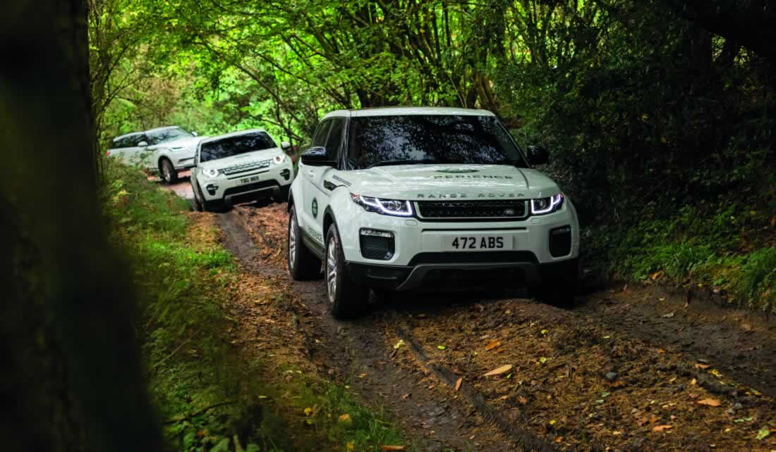 Team building with Land Rover Experience